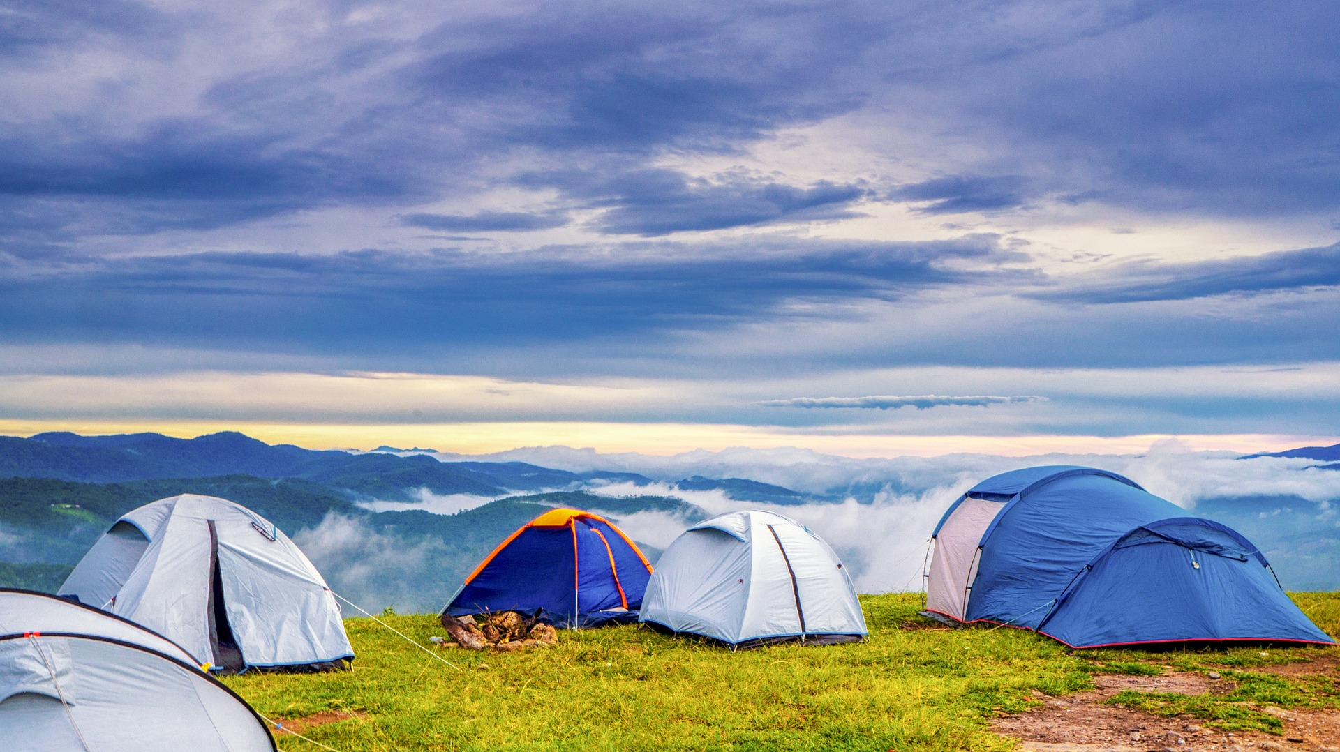 camplife, camping, hiking, trekking, backpack, mountain climbing, alpinism, wilderness, remote nature, important camping tips, guide